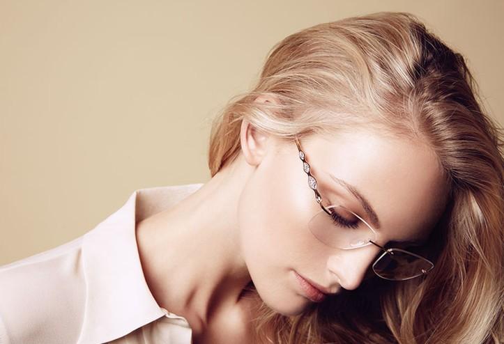 Наистина ли очилата отслабват зрението?!?